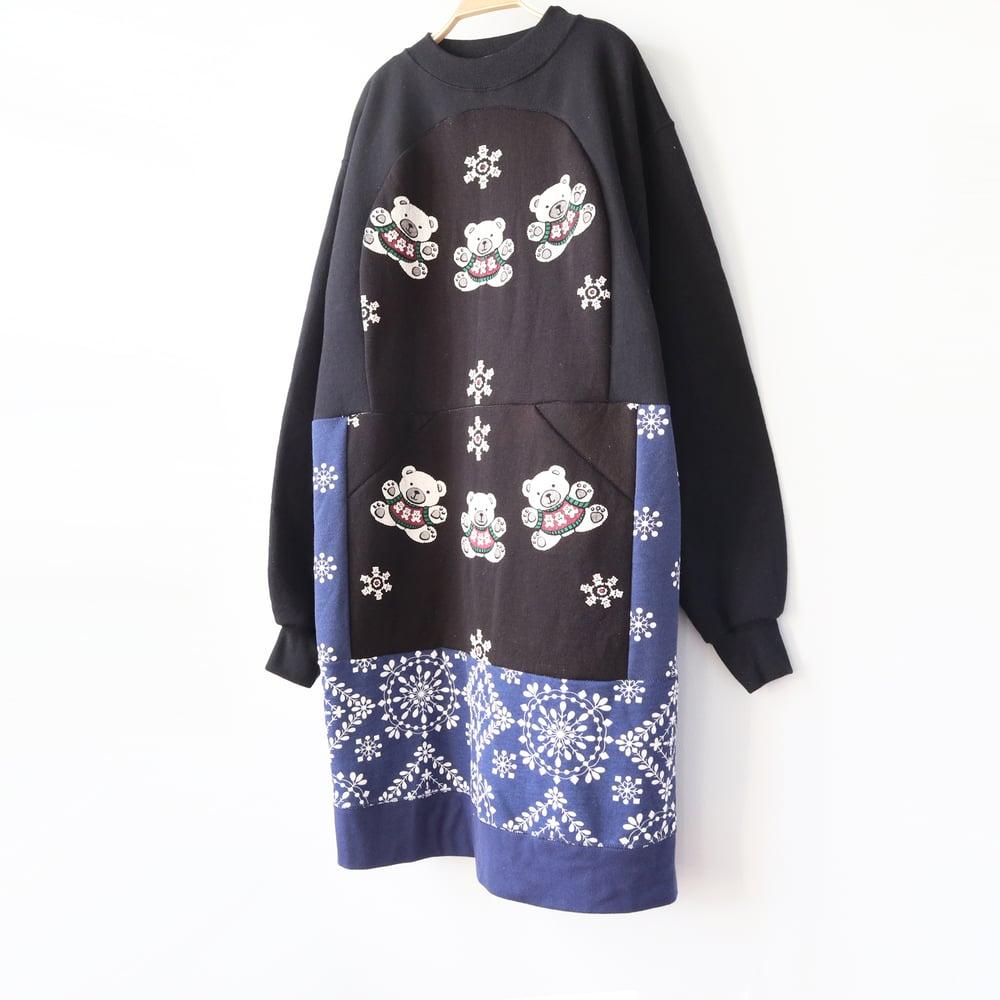 Image of snowflakes bears black blue vintage sweatshirt fabric courtneycourtney Womens adult m medium dress
