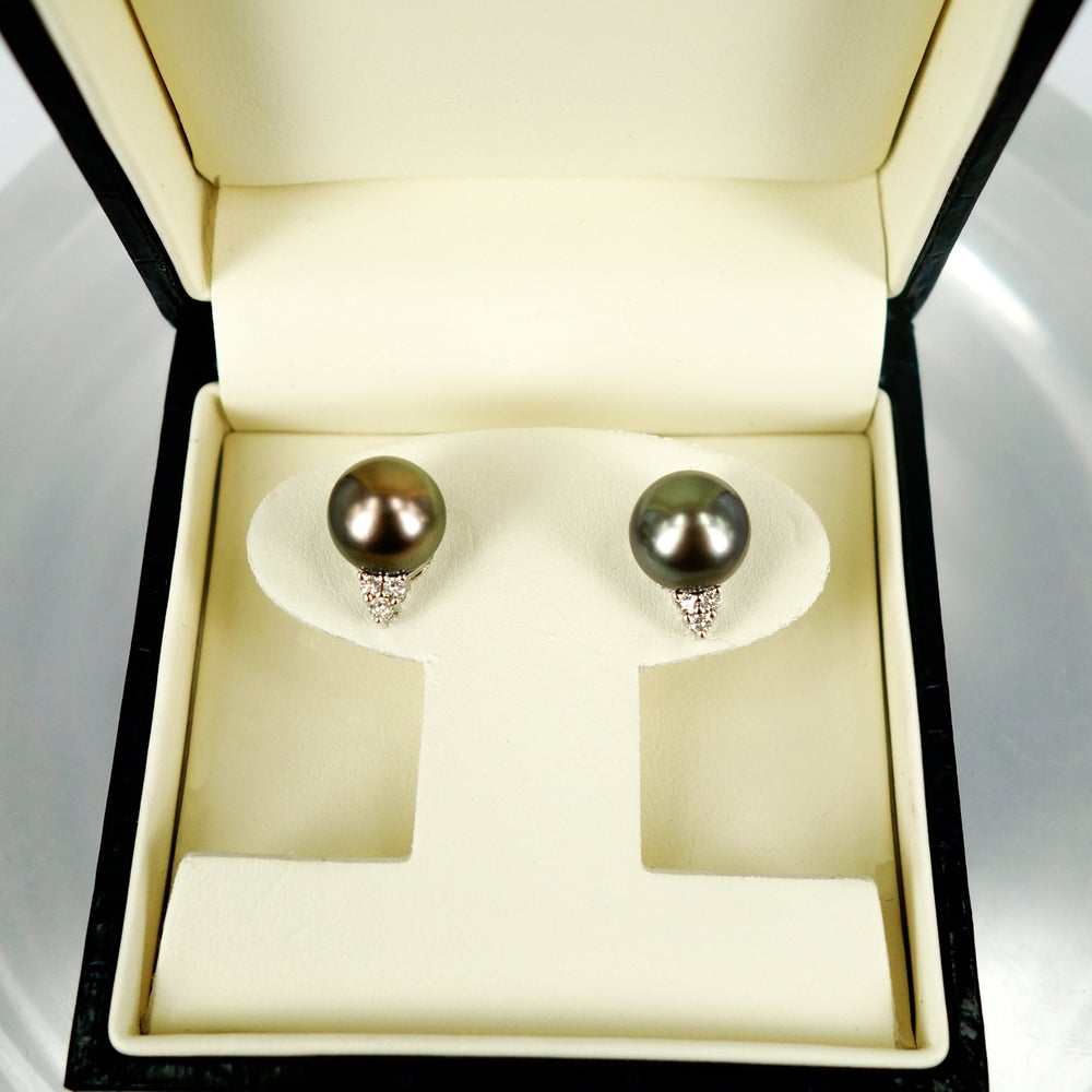 Image of Tahitian pearl and diamond stud earrings. E1531