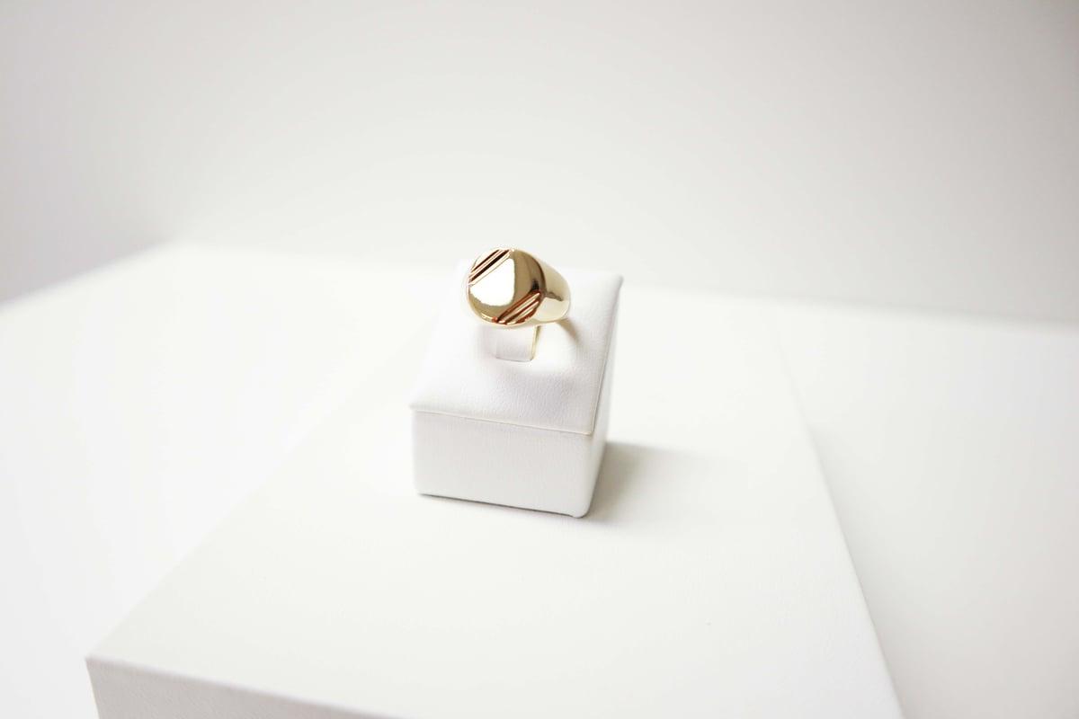 Image of SIGNET | RING