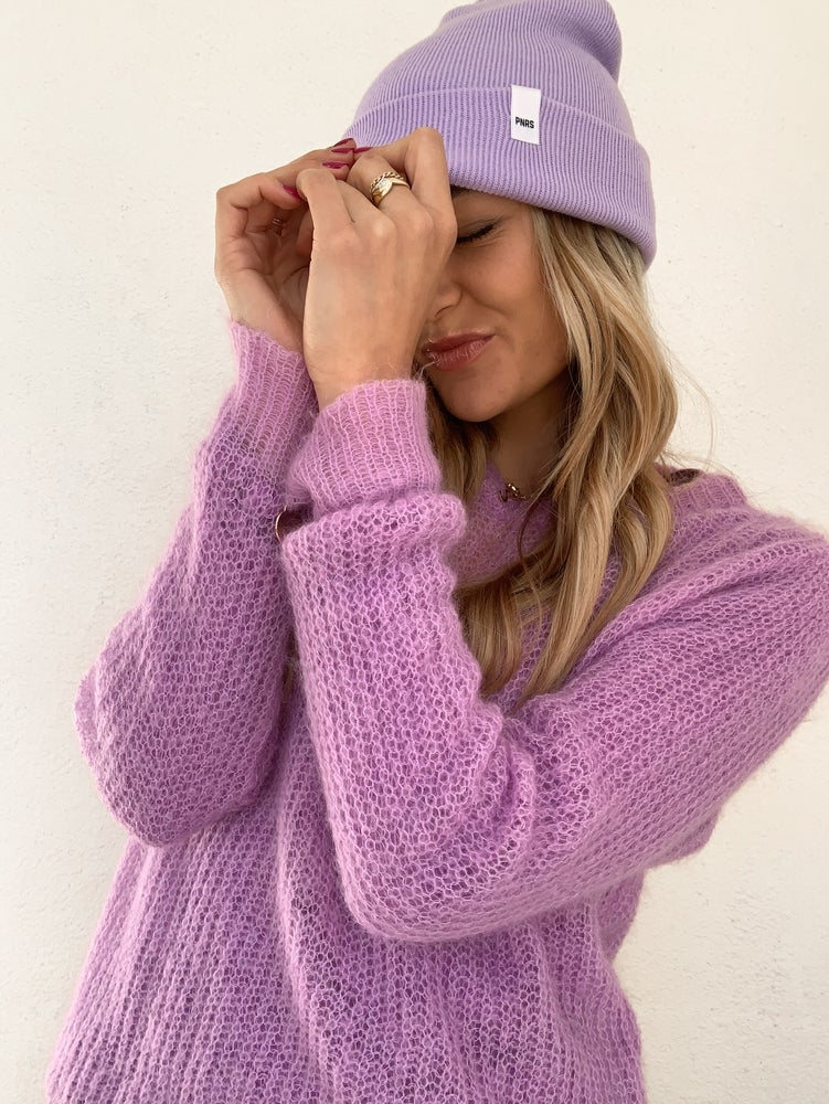 Image of Lila Label Beanie
