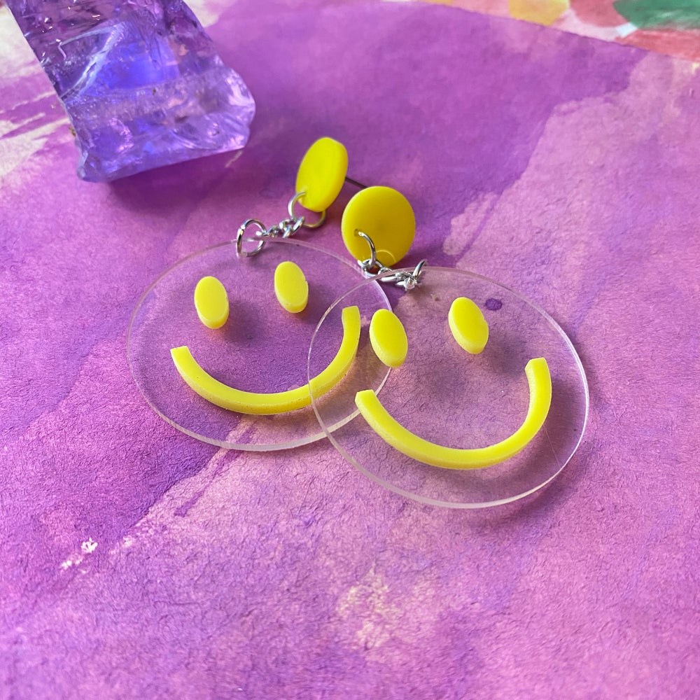 Image of GROOVY SMILEY FACE EARRINGS