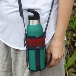 Image of Leather Bottle Carrier - Navy & Red