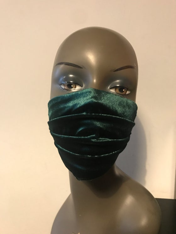 Image of Velvet face mask