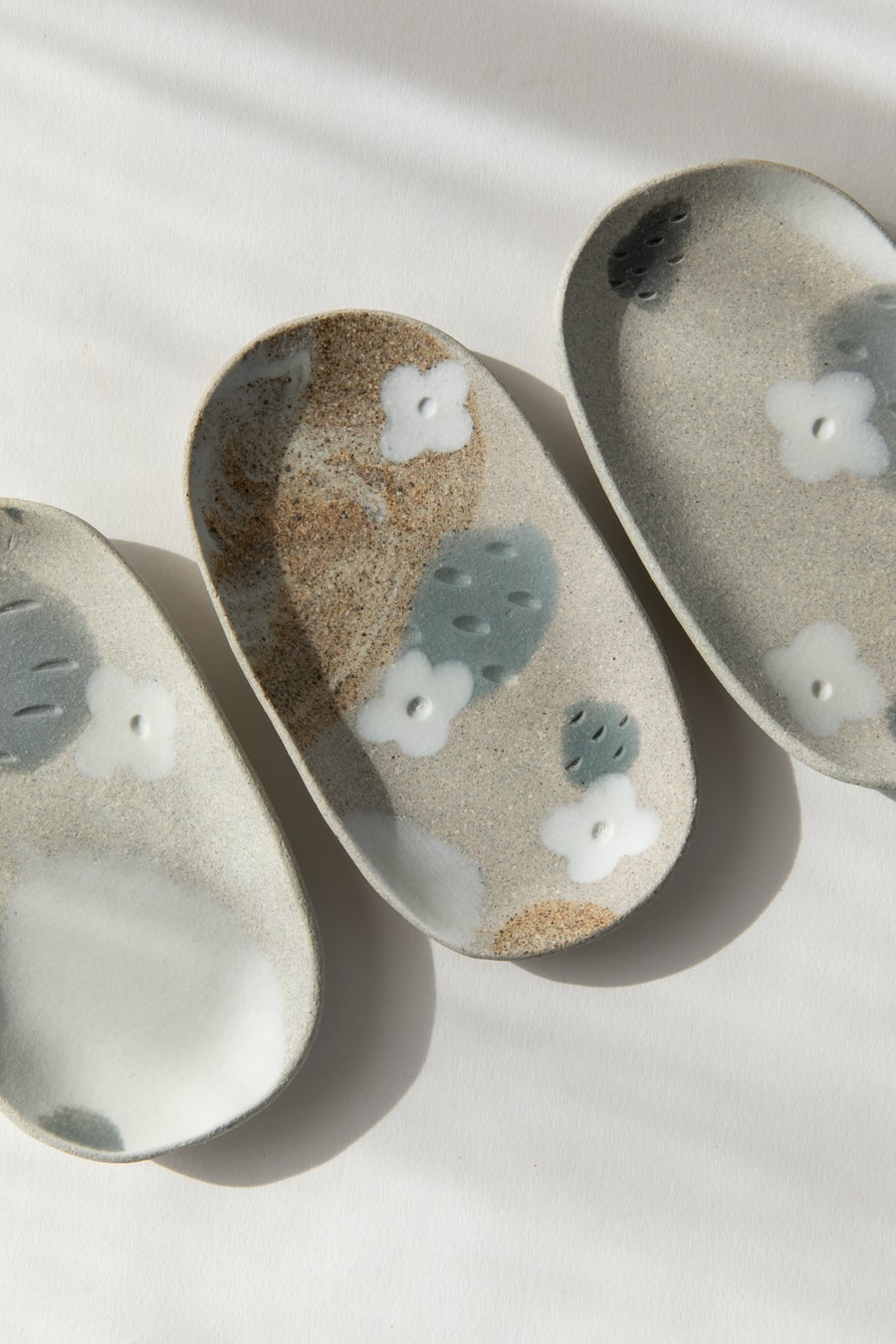 Image of Small Oval Jewelry Dish - Granite Slate with White Flowers