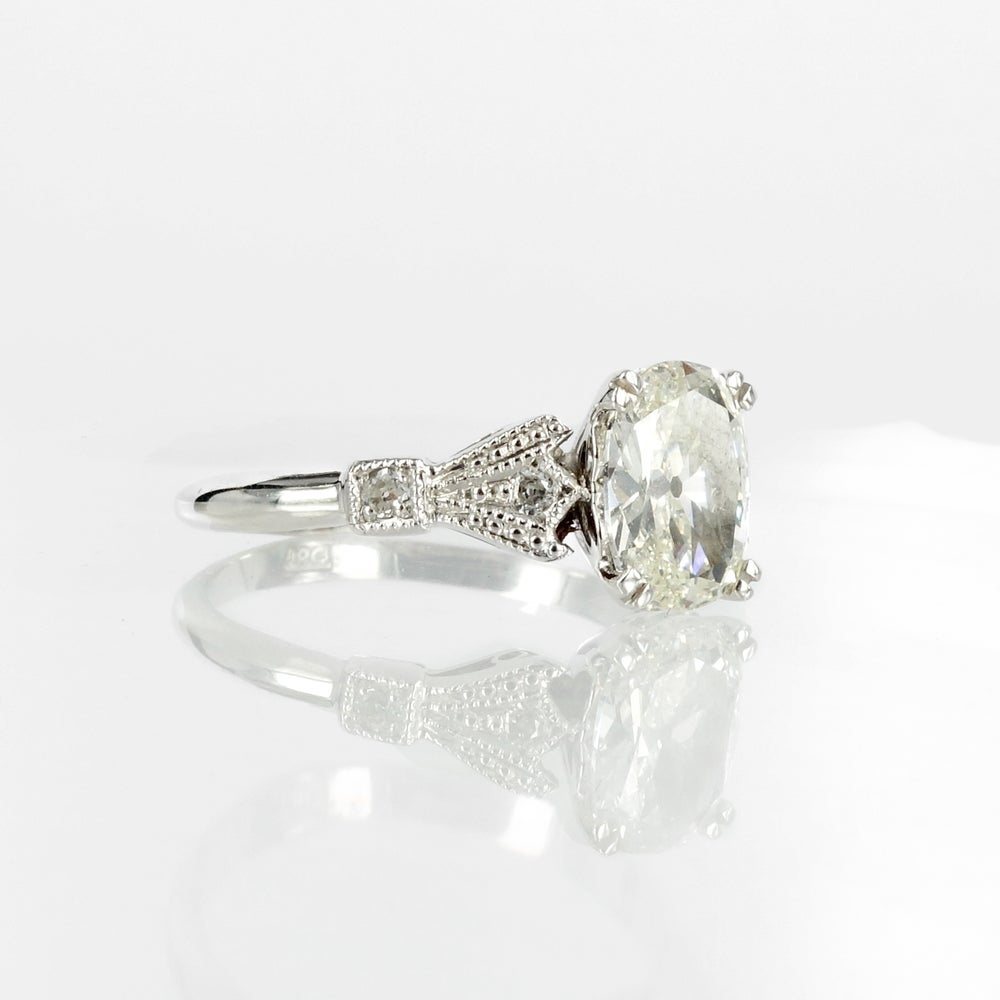 Image of 18ct white gold antique style old cut cushion diamond engagement ring. Sp10 (8337)