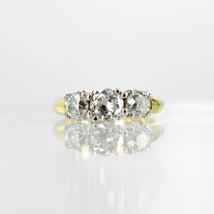 Image of 18ct yellow gold three old cut diamond dress ring. Sp3 (8245)