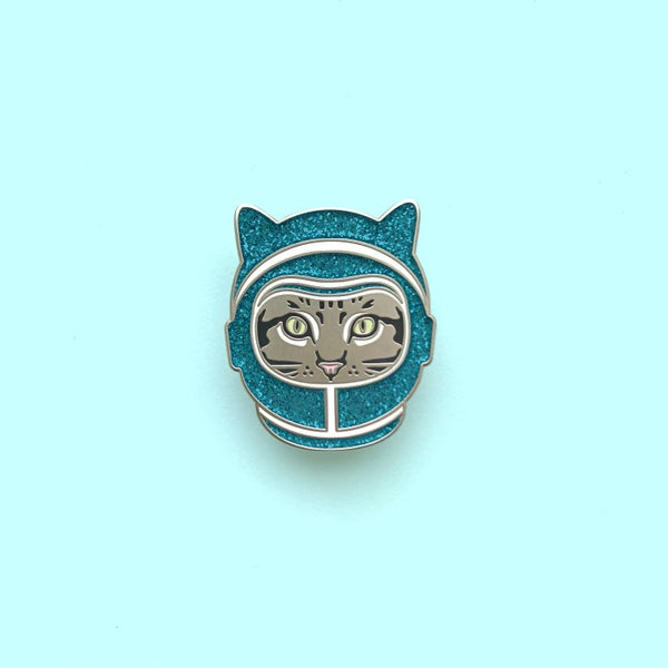 Image of space cat enamel pin (turquoise helmet) - enamel cat pin - astronaut cat - space kitty