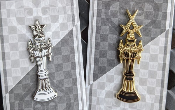 Image of  Set of two Kingdom Hearts Kairi and Xemnas Chess Piece Pins LE100
