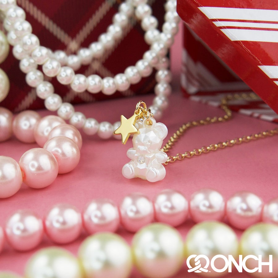 Image of ONCH Teddy Bear Pearl Necklace (18K Gold Plated)