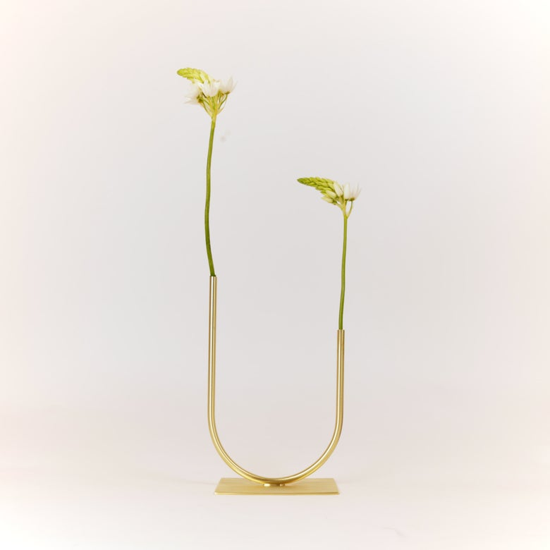Image of Uneven U Vase, raw brass: Short Height, Medium U, Thin Tube