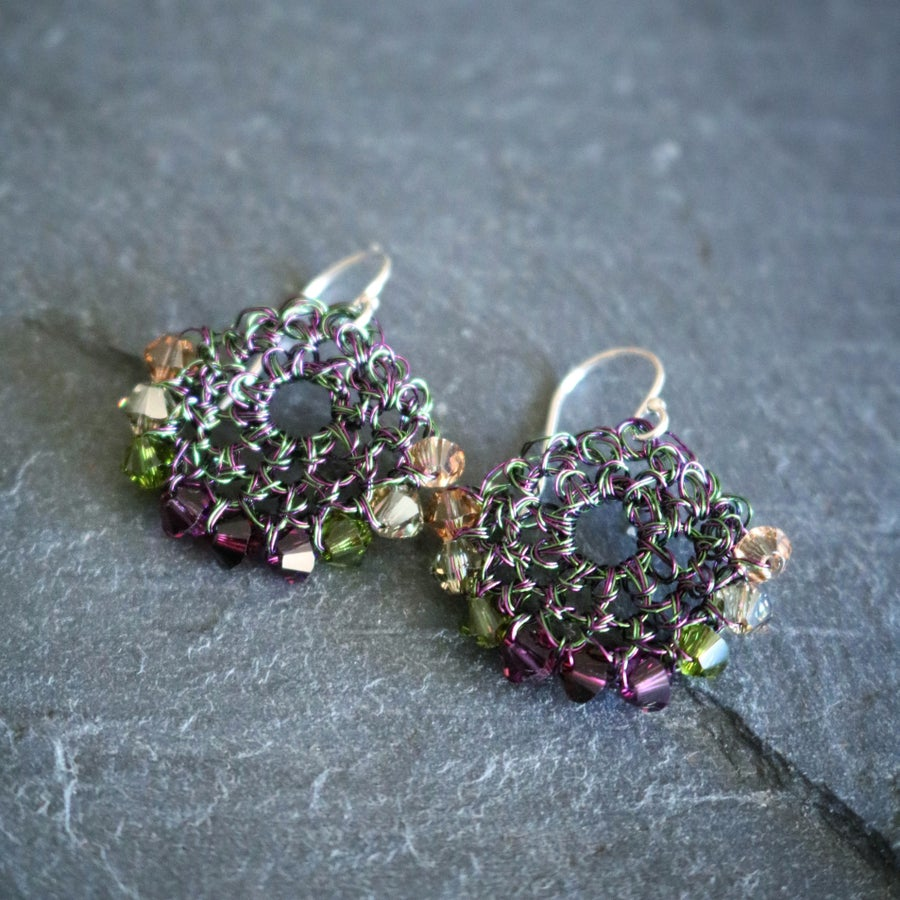 Image of CRESCENT  EARRINGS - Evergreen