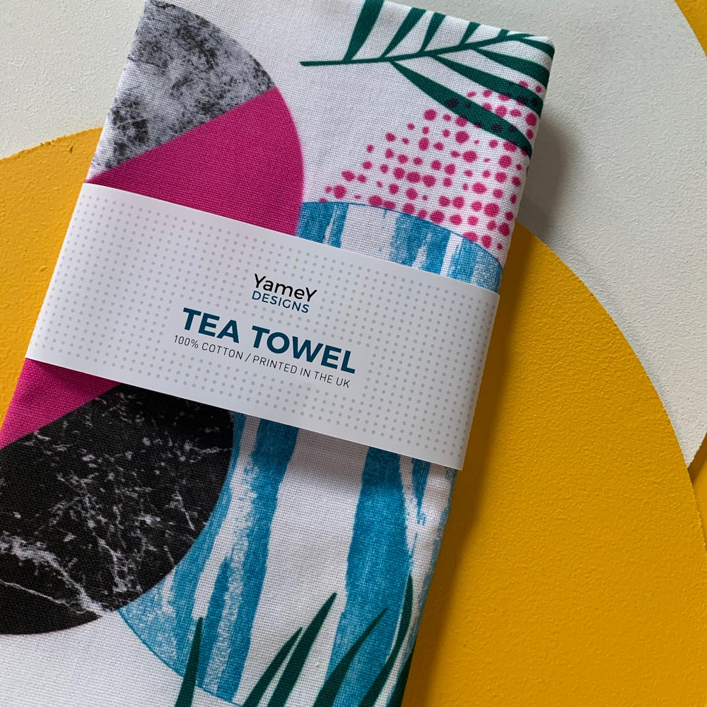 TROPICAL PALM TEA TOWEL