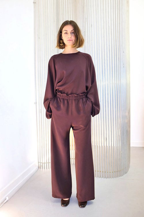 Image of OF 1 Trousers Wide - Silk - Burgundy
