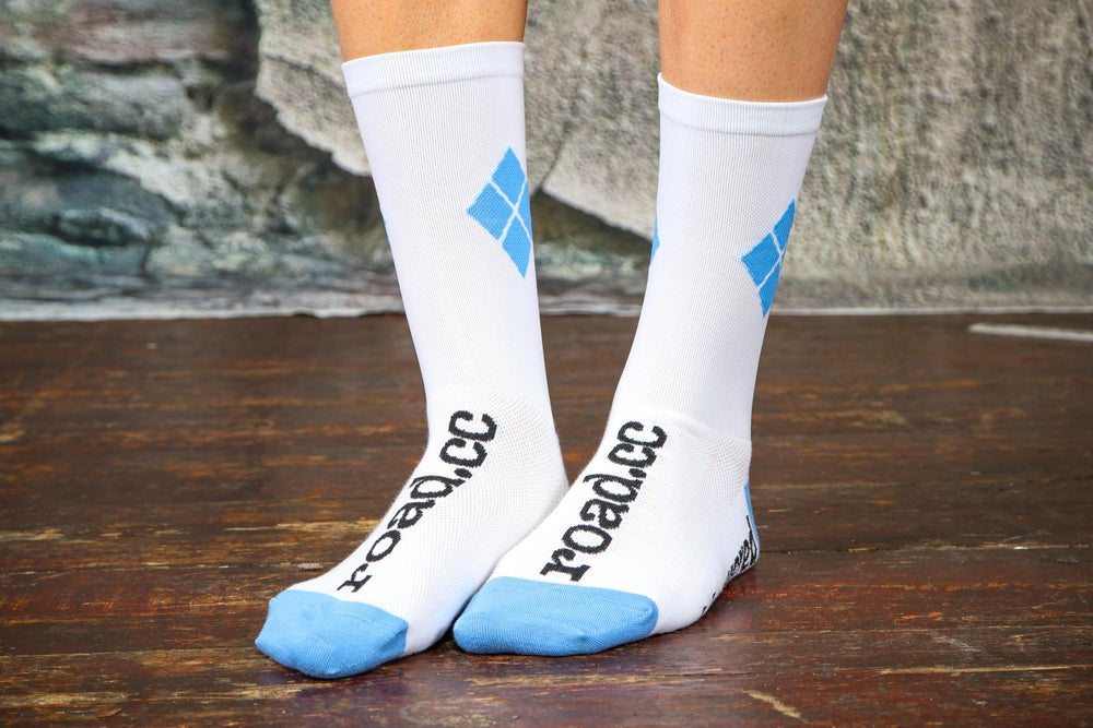 Image of road.cc argyle socks - white