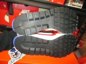 "Image of VaporWaffle x Sacai ""Sports Fuchsia"""