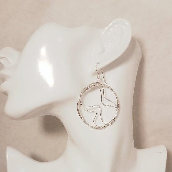Image of Abstract hoops medium