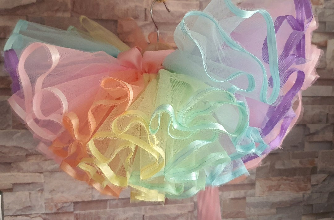 Image of Pastel Rainbow 'Dainty' Ribbon Edge