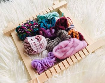 Image of Small Weaving Looms with a Fibre Pack and Instructions