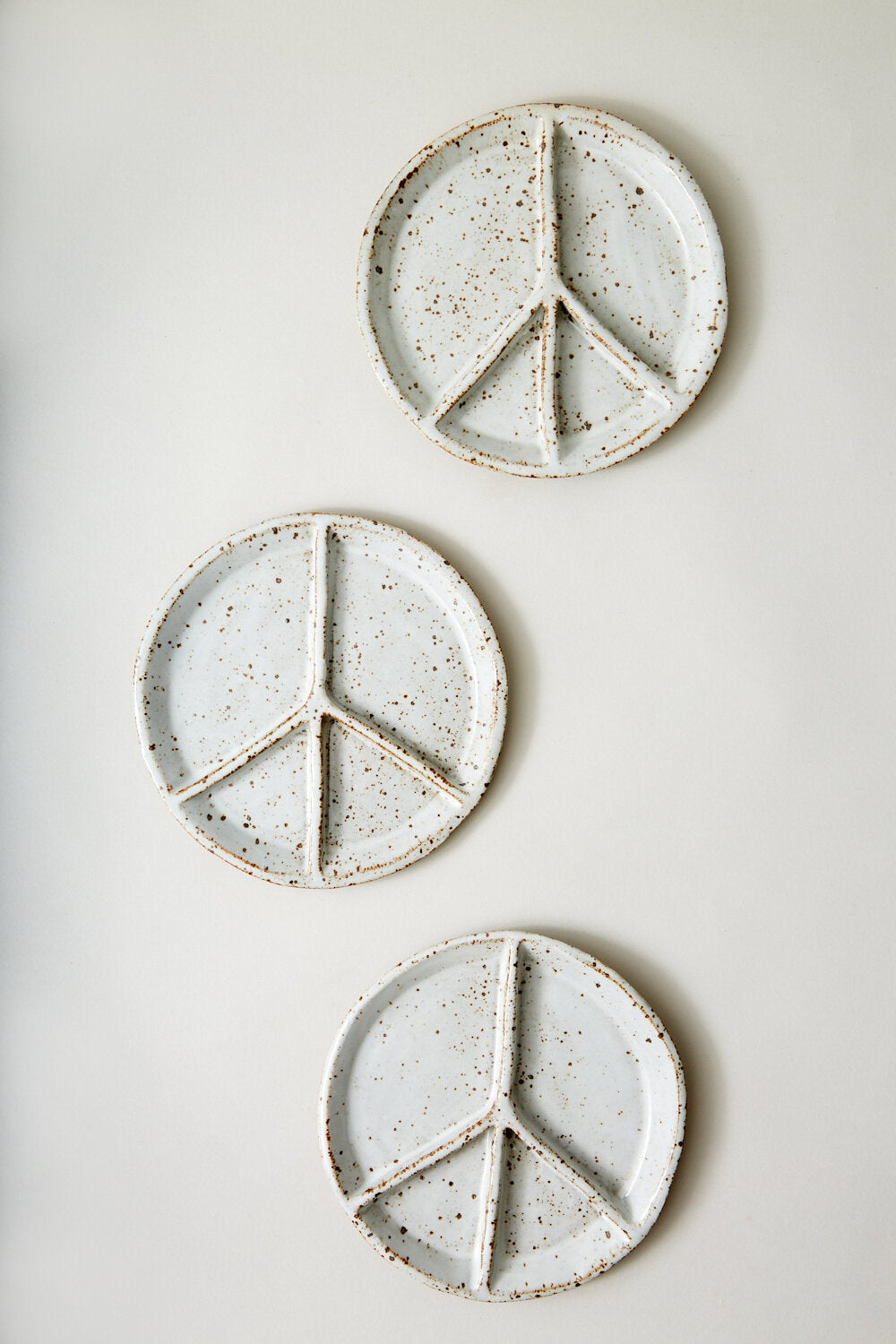 Image of Peace Sign Sectional Plate