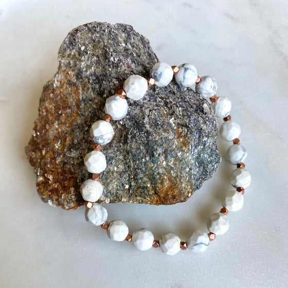 Image of Howlite Rose Gold Bracelet