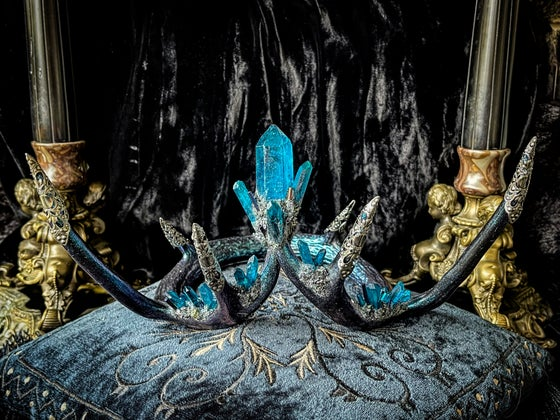 Image of Mermaid Blue Quartz & Carborundum - Antler Crown