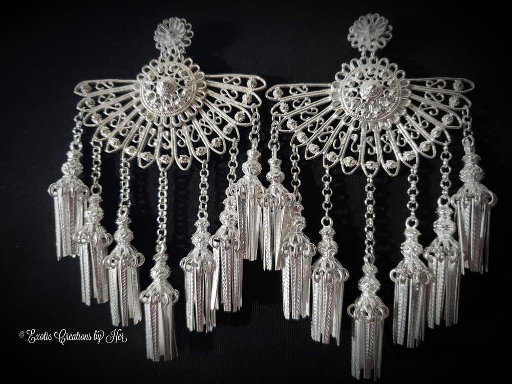 BigNBold Chandelier Earrings