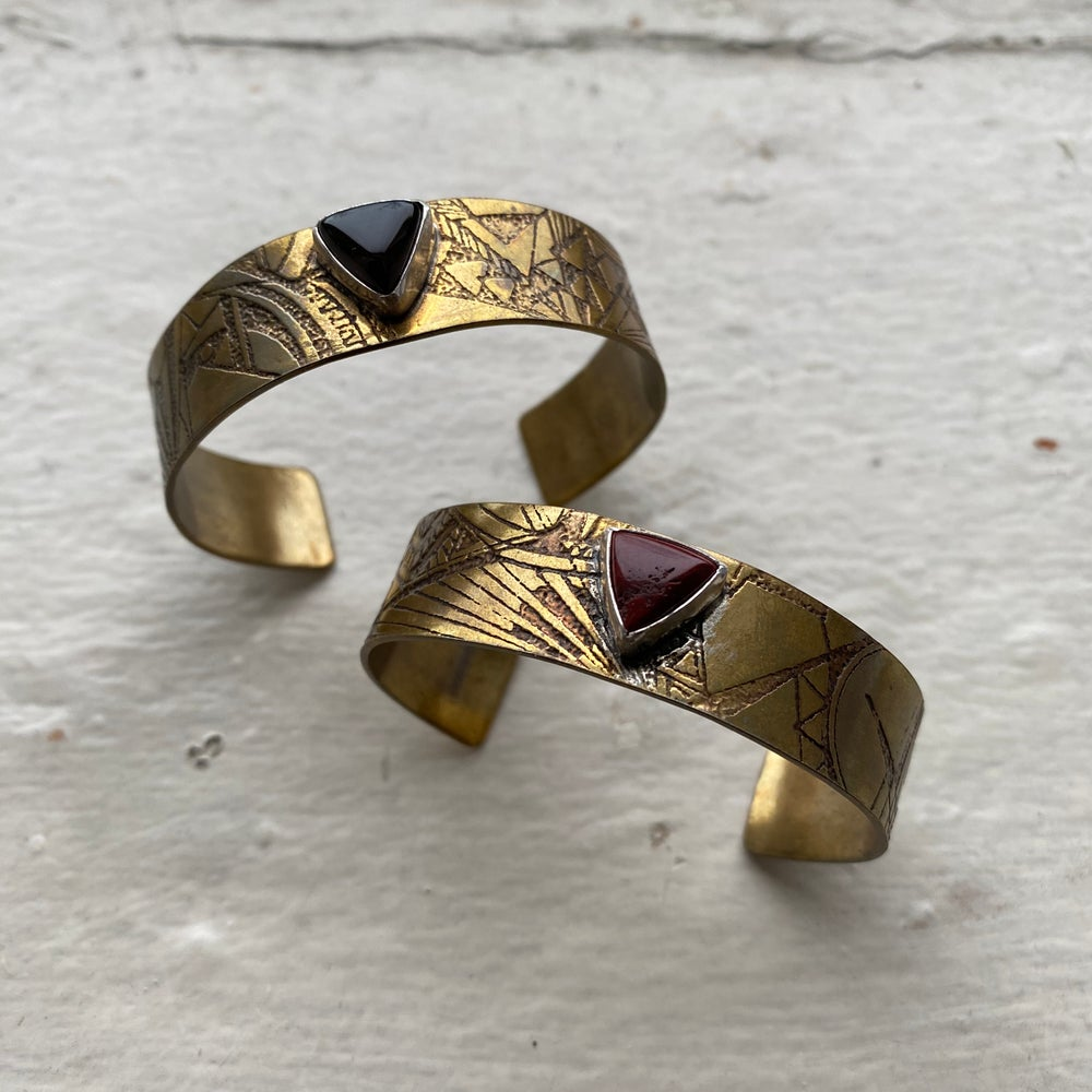 Image of large etched cuff with agate stone