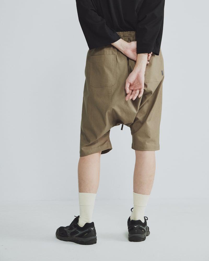 Image of TRAN - 鬆緊綁帶短褲 (卡其)