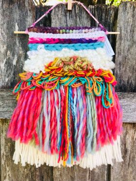 Image of Magical Rainbow Latch Hook Weaving