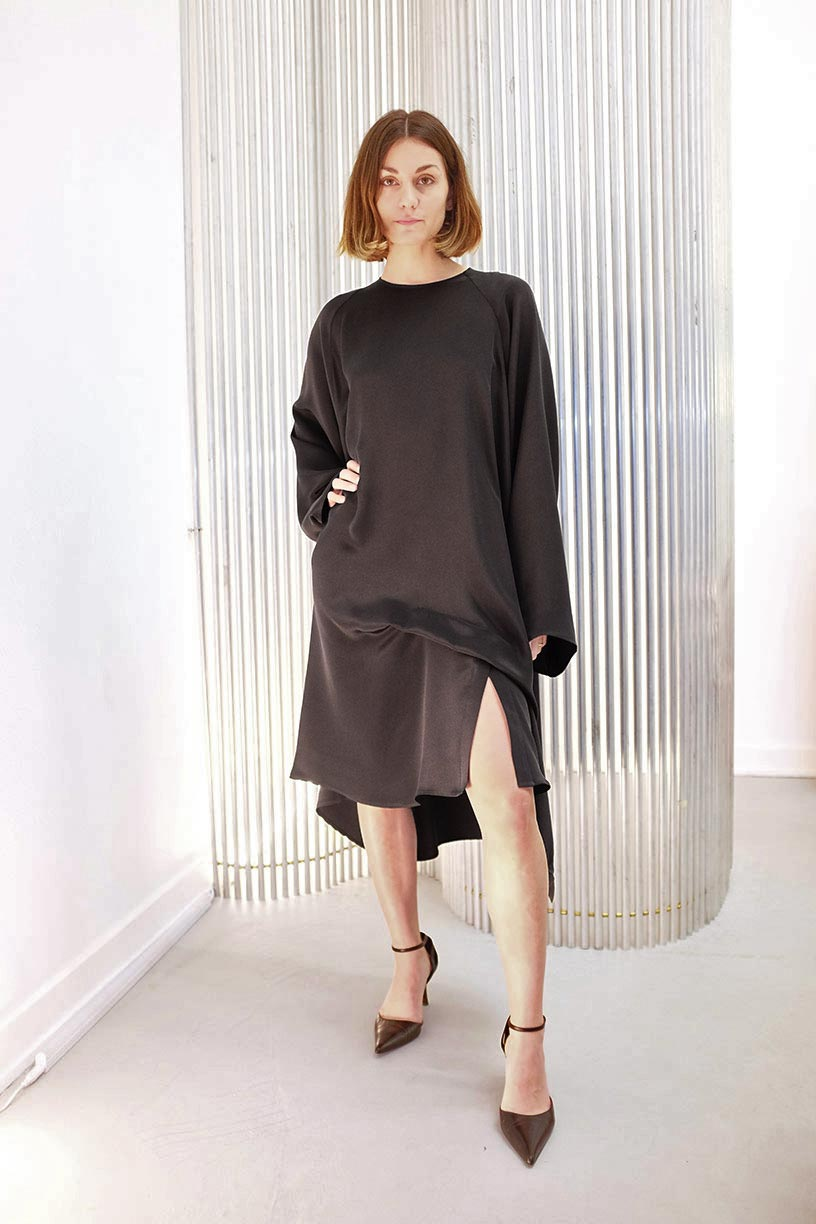 Image of Dress 1 Slit - Silk - Black