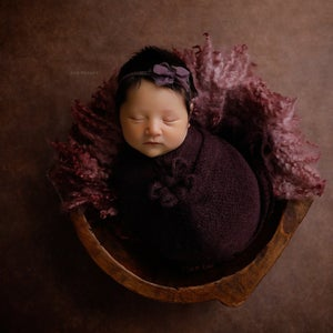 Image of  Round Curly Blanket - Mauve color
