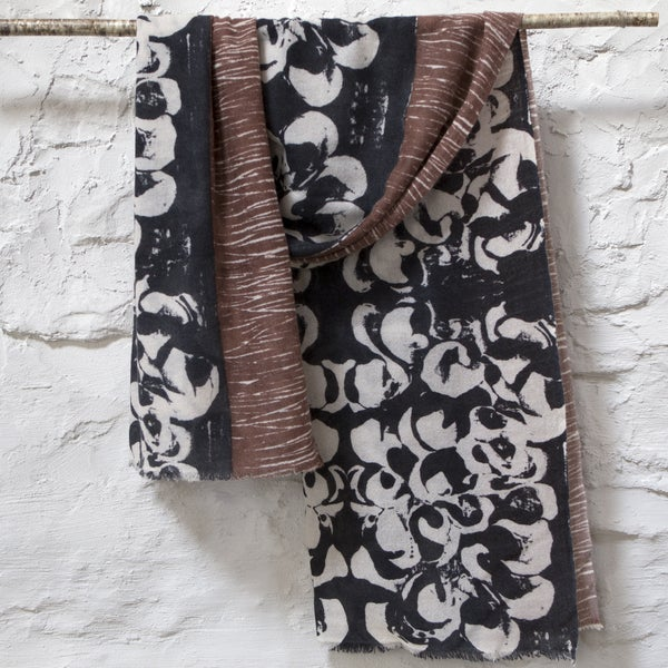 Image of Moss cashmere scarf