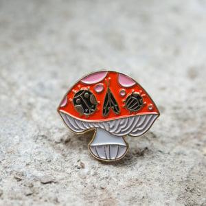 Mushroom Skull Enamel Pin