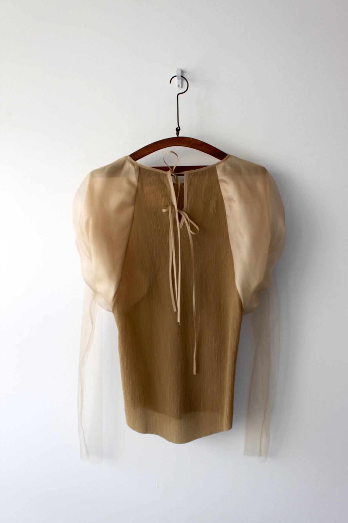 Ballon sleeve silk-blend top