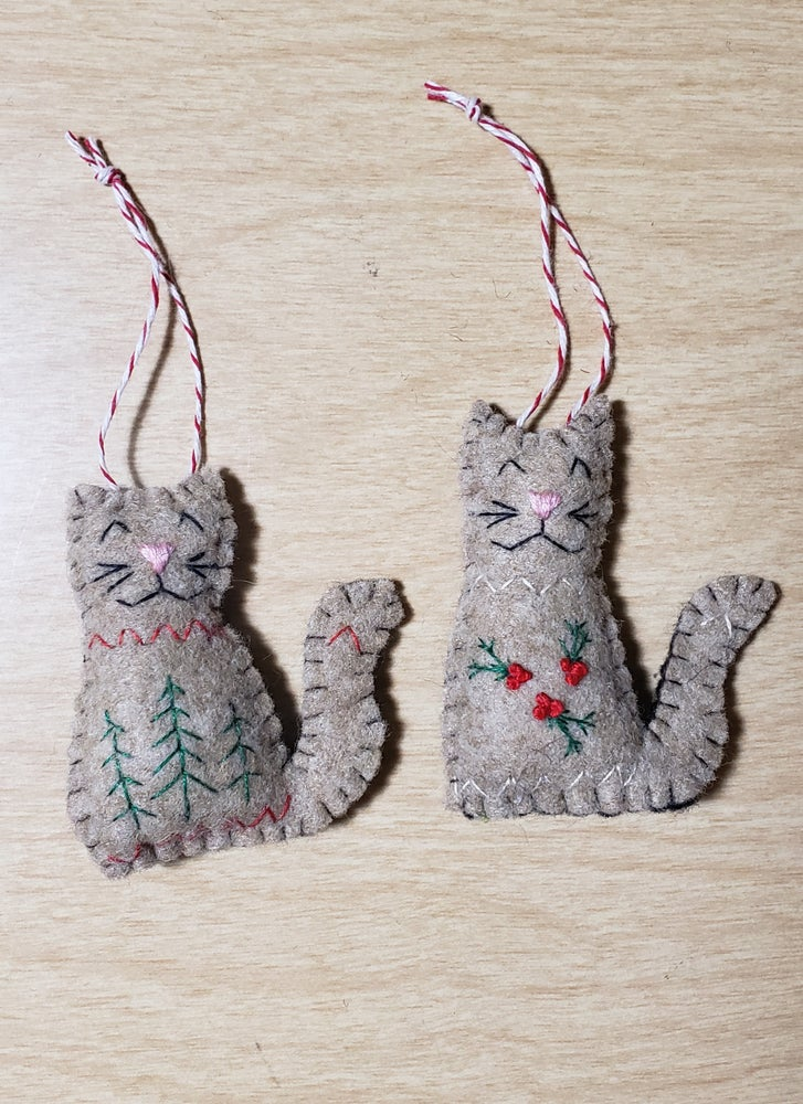 Image of Hand Embroidered Sweater Cat Ornament