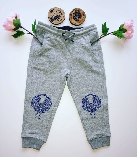 Image of Kid's jogger pants *Sheep*