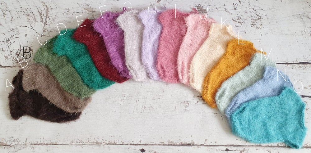 Image of Newborn super soft and fuzzy rompers. Ready to post