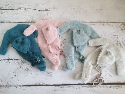 Image of Extremely soft newborn footed romper sets with  free extra bonnet. Ready to post