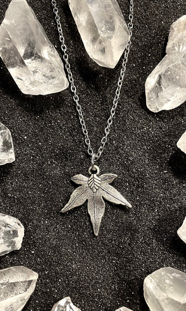 Image of LEAF NECKLACE
