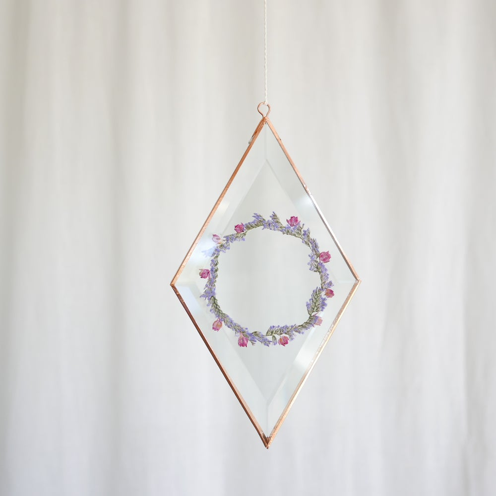 Image of Pressed Flower Suncatcher - Diamond Limonium