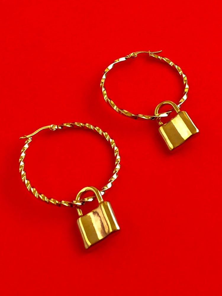 Image of READY TO SHIP - LARGE PADLOCK TWIST HOOPS