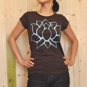 Image of big LOTUS brown burnout T