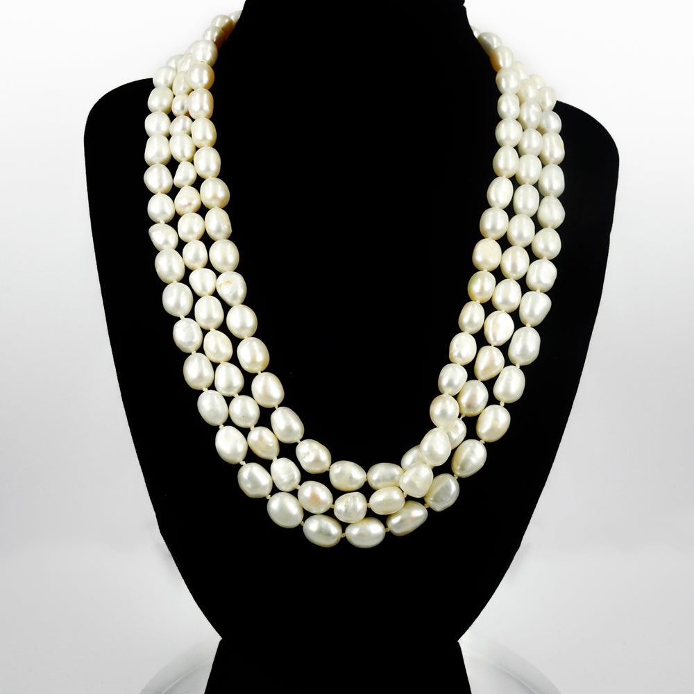 Image of Gorgeous three strand freshwater pearl necklace. NL5