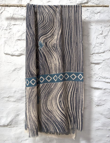 Image of Hawthorn Cashmere Scarf