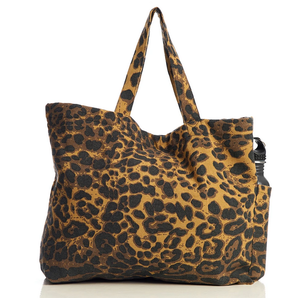 Image of ADVENTURE BAG - LEOPARD