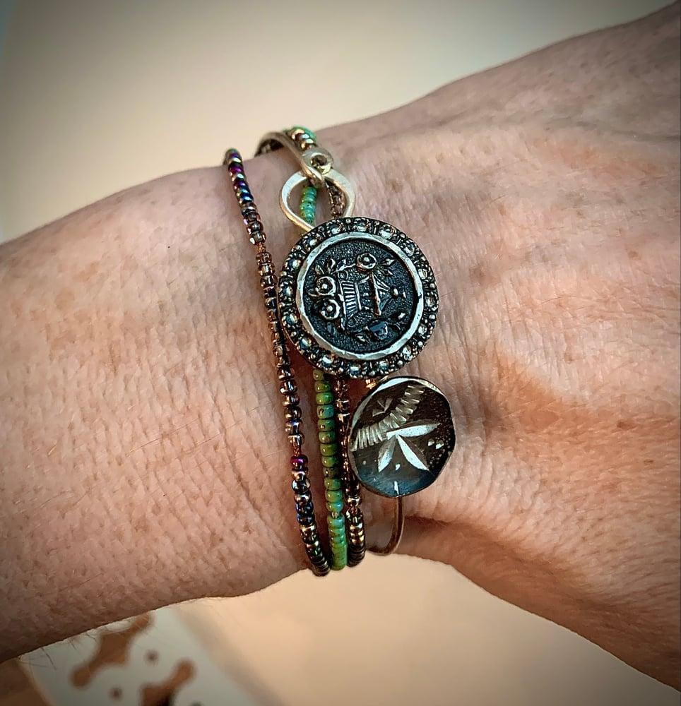 """Image of """"Black Bouquet"""" Vintage Button Bracelet"""
