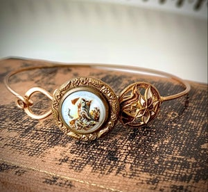 "Image of ""Lady in Waiting"" Vintage Button Bracelet"