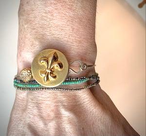 """Image of """"Parisian Star"""" Vintage Button Bracelet"""