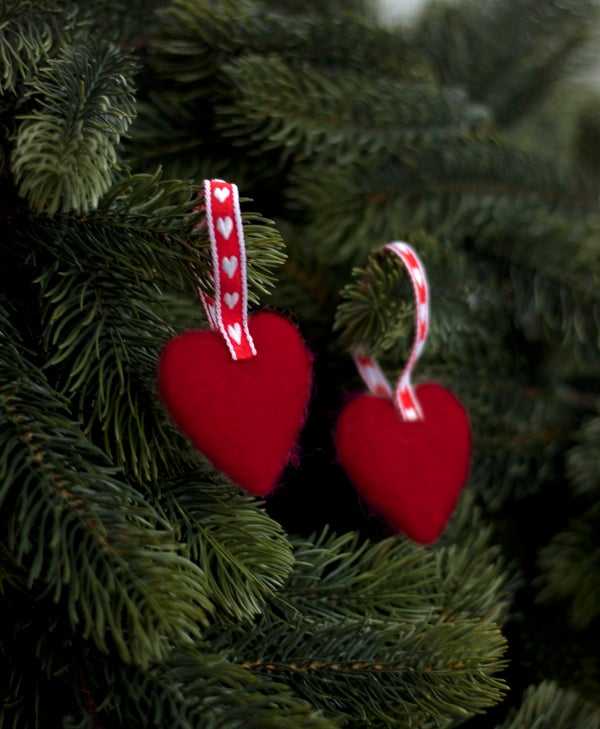 Image of NORDIC YULE DECORATION - A PAIR OF HEARTS 5