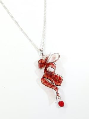 Image of Collar corto Serpentina